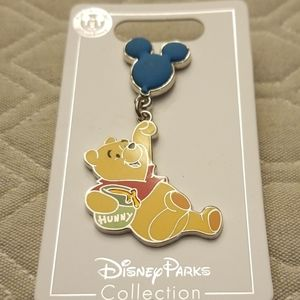 Disney pin Winnie the pooh